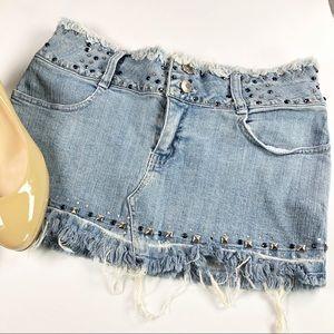 marilu | Distressed Denim Mini Skirt Size S